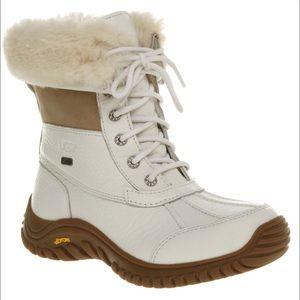 Women's UGG Adirondack II Boot 3235. White, 8.